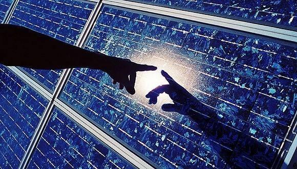 """太阳能光伏一周热点:《2017年能源工作指导意见》出炉  """"光伏教父""""杨怀进面临5年市场禁入"""