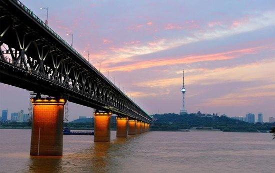 武汉40座桥梁将安装电子传感器 为安全护航