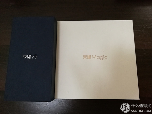 华为荣耀V9开箱评测:2999元+麒麟960 配置无敌