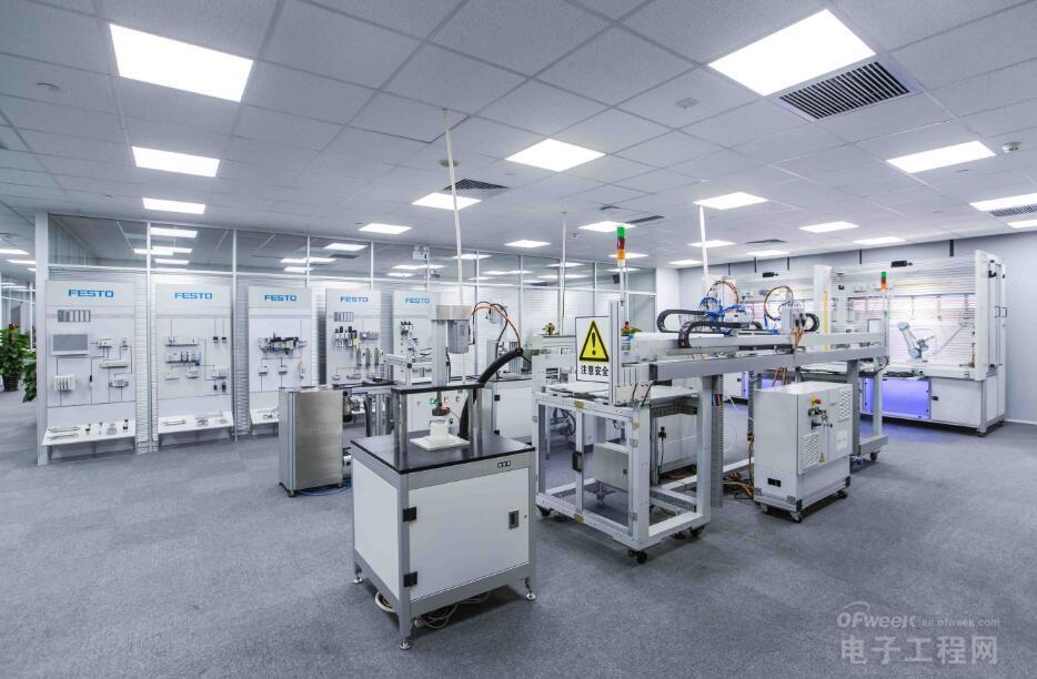 向智能化转型 电子制造业面临新挑战