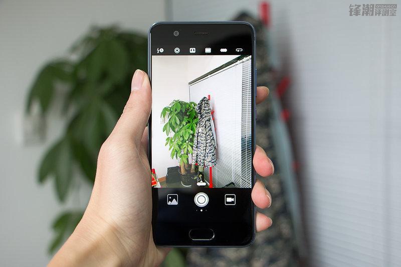 """华为p10 详细评测:""""妩媚多彩""""的华为手机?"""