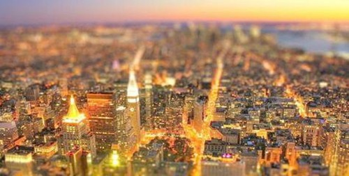 直击两会:打造智慧城市 完善城市安防等建设