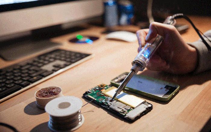 【揭秘】手机维修背后水太深 iPhone屏幕猫腻最多