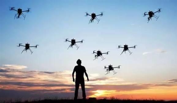 外媒称全球无人机市场井喷 今年将生产近300万架