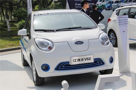 事实上,早在2015年11月,与发改委共同负责纯电动车资质审批工作的