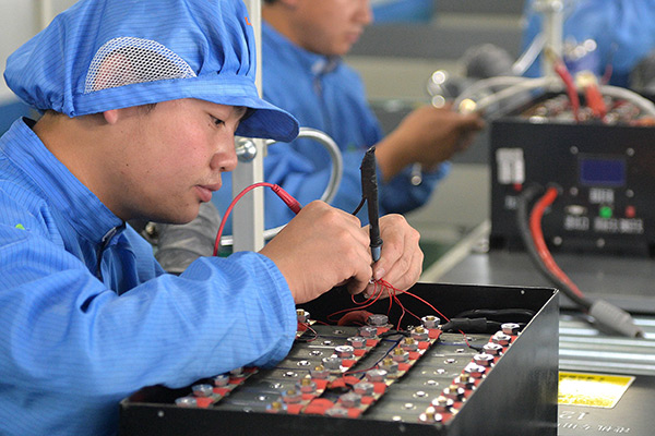 三年内超越特斯拉 中国将称霸全球锂电池市场?