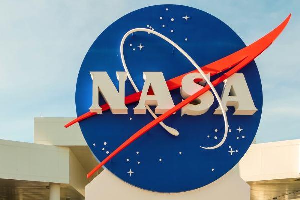 """美国研制激光通信技术打造""""太空宽带"""
