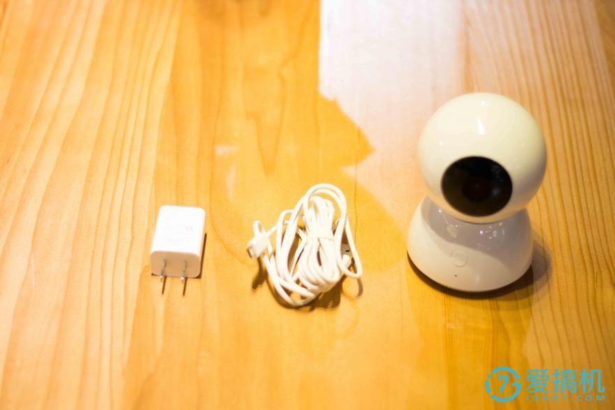 小米米家智能摄像机评测:360°无死角的可爱小白