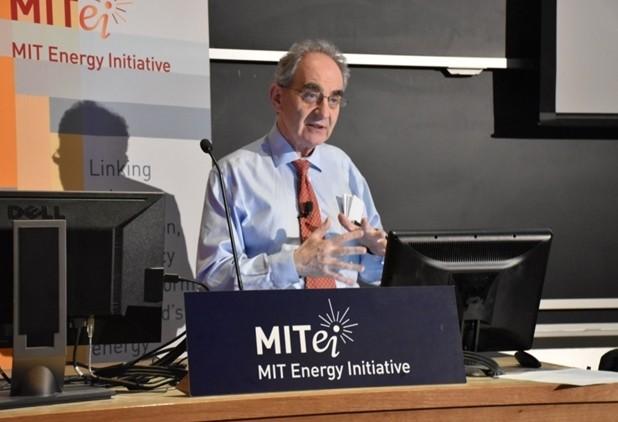 太阳能:咨询埃利?雅布罗诺维奇的三个问题