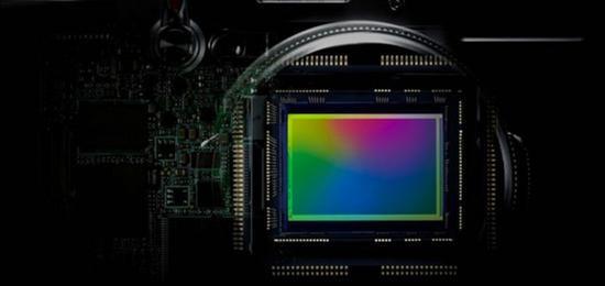 """索尼辟谣:不会""""独享""""其最优秀的相机传感器"""