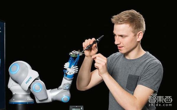 德国Festo再出3款机器人:触手、象鼻、手臂