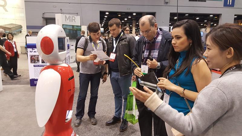 新松公司重装参展2017美国自动化及机器人展览会