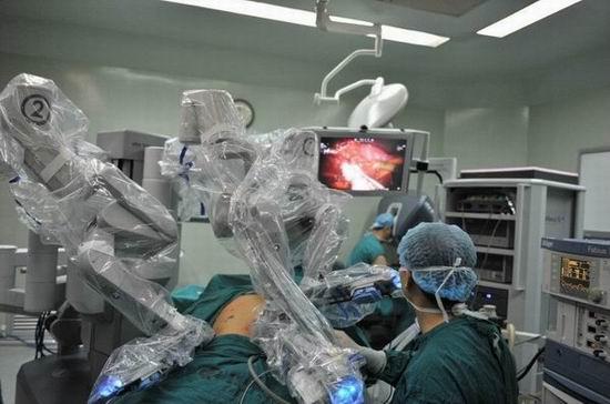 """四川机器人手术量领跑西部 手术机器人或实现""""成都造"""""""