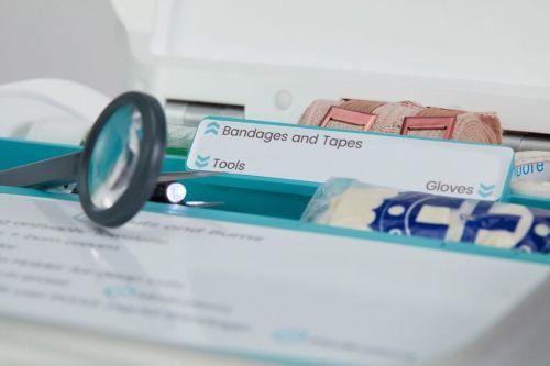 急救箱可帮用户处理各种医疗问题还配置触屏