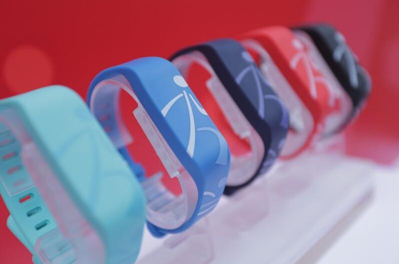 廣發推出G-Force智能手環 重拳布局移動支付市場