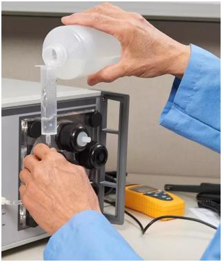 福禄克计量校准发布5128A现场及实验室用湿度发生器