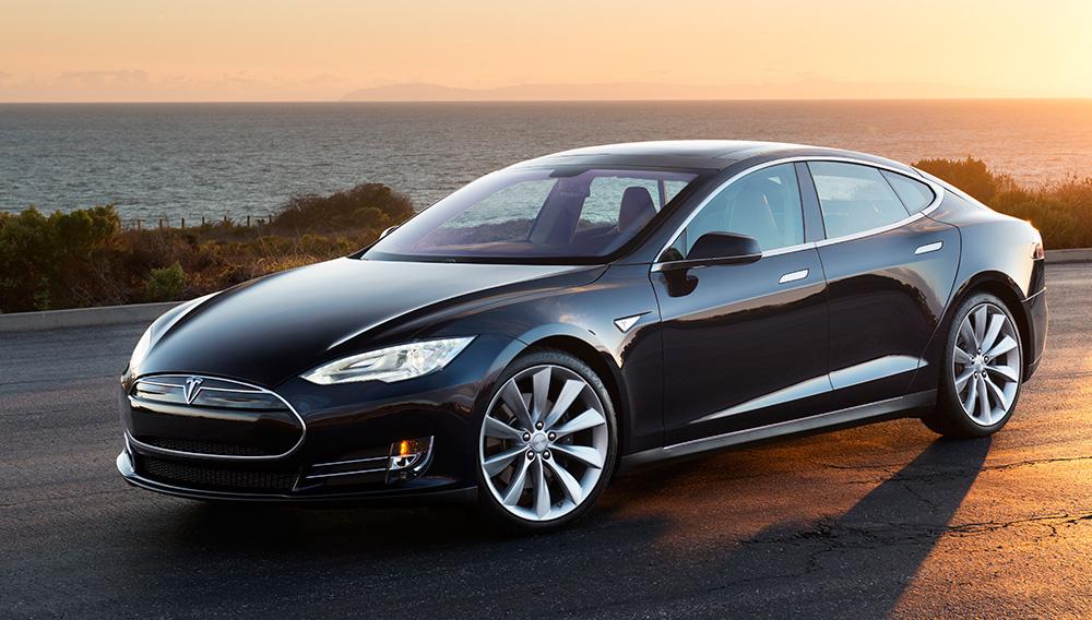 特斯拉全球召回5.3万辆电动汽车 手刹惹祸