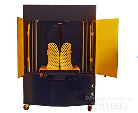 Kentstrapper推出大尺寸MAVIS 3D打印机 带有线材和断电监控器