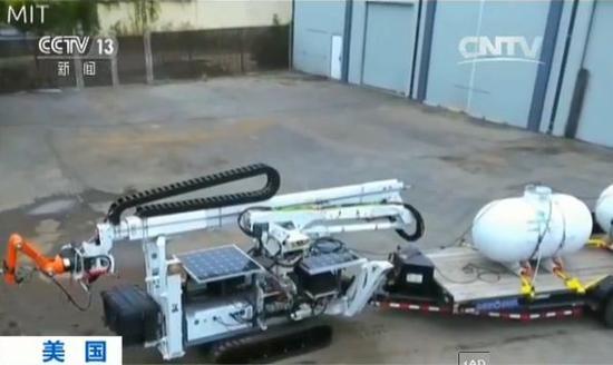 这个3D打印机器人能用14小时建完一个房子