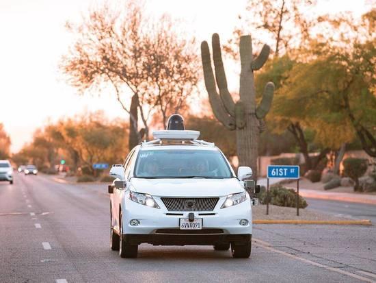为什么谷歌、苹果都选择这款车研究自驾?