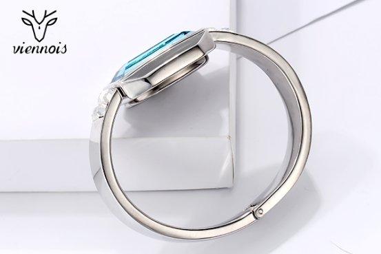威妮华时尚智能手环:与众不同的点睛之作