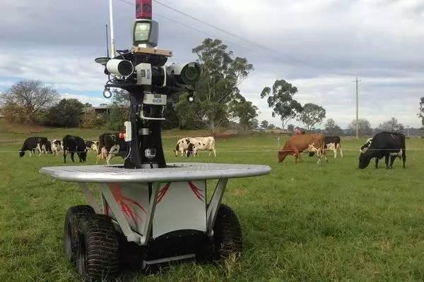 """国外最新最酷4大农业机器人,未来农业趋向这样""""高、大、上""""!"""