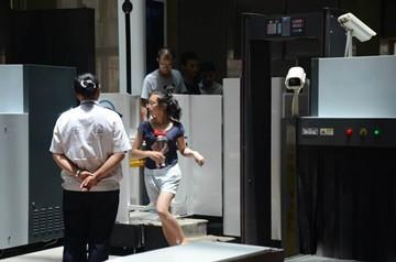 独创性新技术可对行进中乘客自动安检