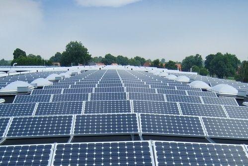 北京大学国际医院打造首个薄膜太阳能电站