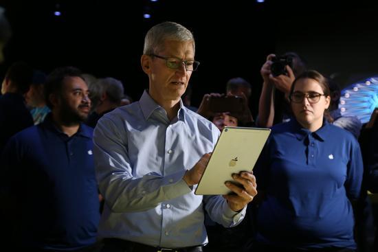 微软谷歌上月大谈AI 苹果这次开发者大会落伍了?
