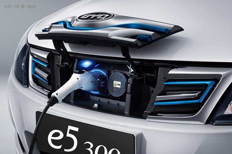比亚迪2017款e5 300全新上市 升级多达12项
