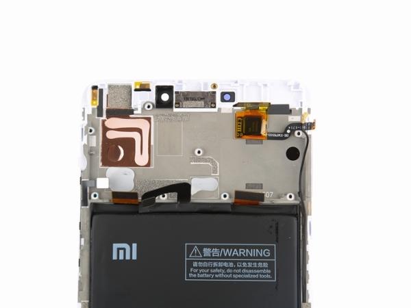 小米Max 2拆解:内部布局紧凑 集成度不高拆解难度低