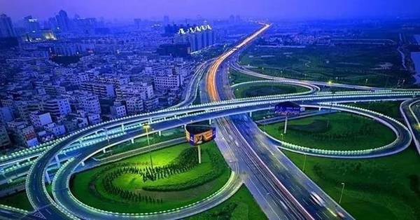 交通优化需求下 智能交通已达千亿市场
