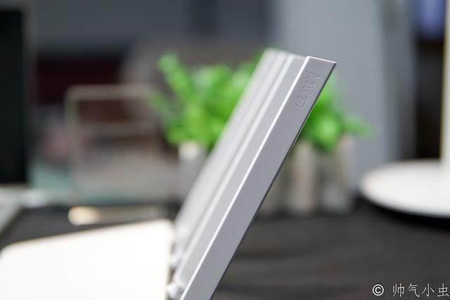 小米低调发布新品智能路由器:售价249元值不值?