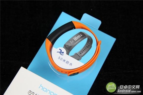 荣耀手环3评测:可24小时贴身携带 一个月不充电也能行