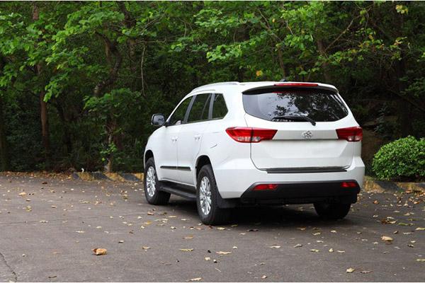 你给董明珠打造的首款SUV电动汽车,外观颜值打几分?