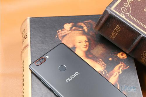 4款双摄手机对比评测:一加5/荣耀9/小米6/努比亚Z17谁最强?