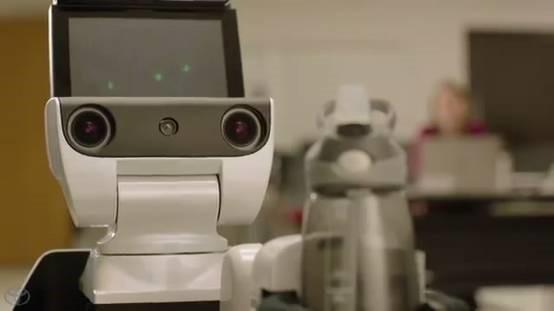 丰田测试家用机器人 帮残疾人解决最后一公里的问题