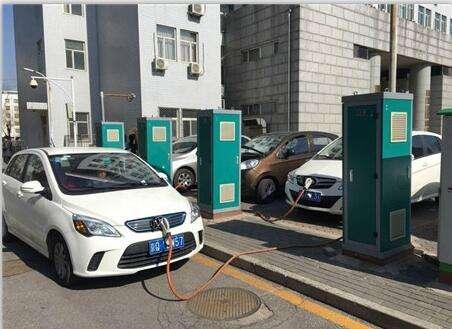 拥千亿市场的充电桩,为何严重制约新能源汽车发展?