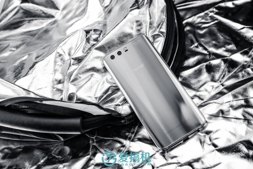 荣耀9评测:麒麟960配eMMC闪存 还能挑战小米6吗?