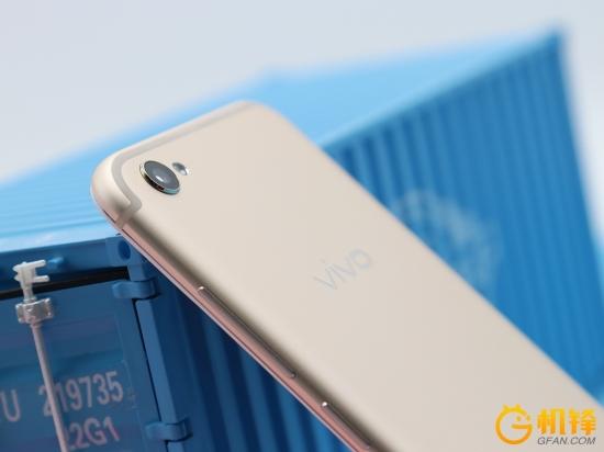 6款旗舰手机横比:一加5/努比亚Z17/华为nova 2P/vivo X9s/OPPO R11拍照谁更强?