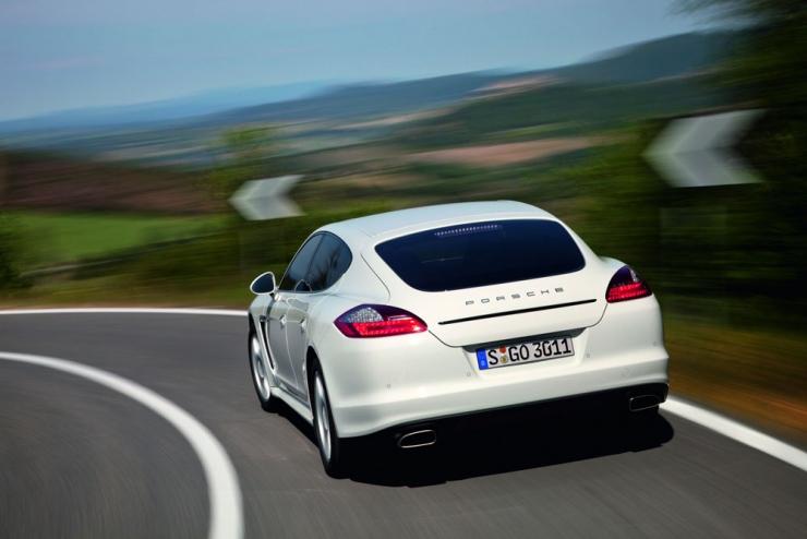 松下新图像传感器 有望改善自动驾驶汽车和监控技术