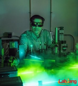 激光助力器件集成 应用太阳能电池和纳米颗粒制药更有效