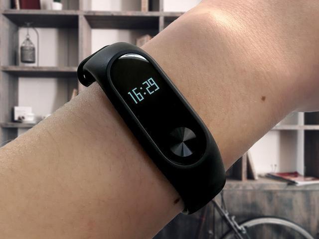 小米手环2使用评测:智能手环到底是否实用?