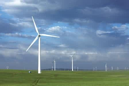 陕西榆林市大力推进风光发电项目建设