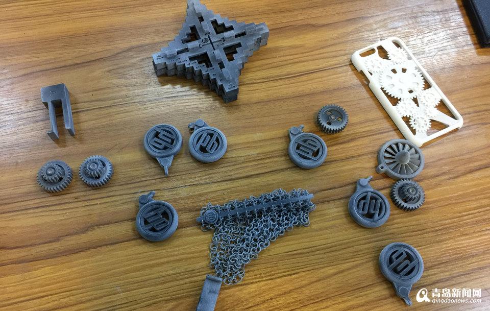 探秘世界最先进3D打印机 自身零件自己造