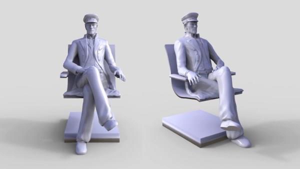 真人大的3D打印七海游侠柯尔多坐在巴黎火车站