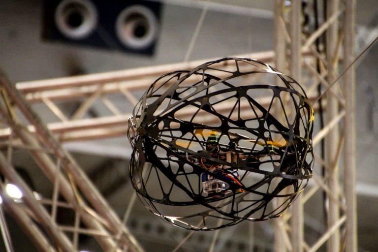 IAAC展示由无人机辅助的现场机器人3D打印施工方法