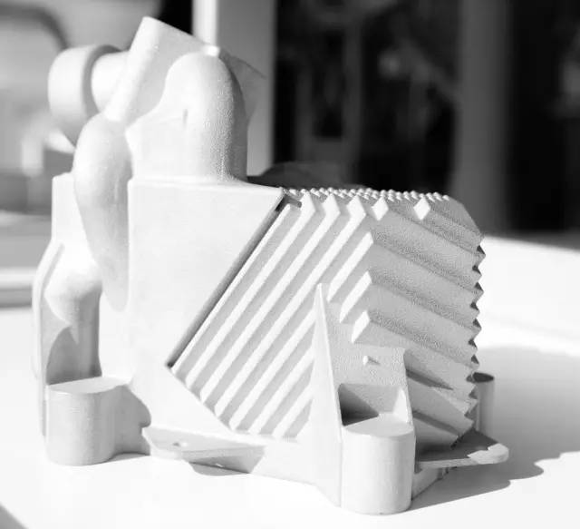 近距离了解GE通过3D打印的飞机引擎