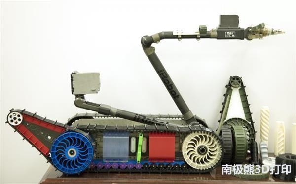 美军又搞出新装备:可在战地现场3D打印工具和军械零部件