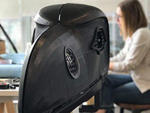 微软与Shawn Hunt合作开发乌鸦头盔:集3D打印、机器人、混合现实